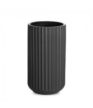 Lyngby By Hilfling Vase i mat-sort 20 cm